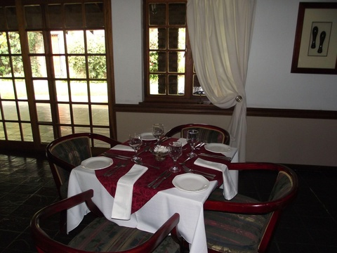 Dining, Manor House